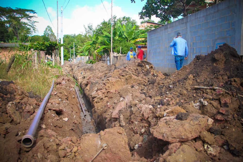 Projeto da Prefeitura em parceria com o SAAE vai ter 3.500 metros de rede de água para a comunidade - Foto Luan Lopes/PMA