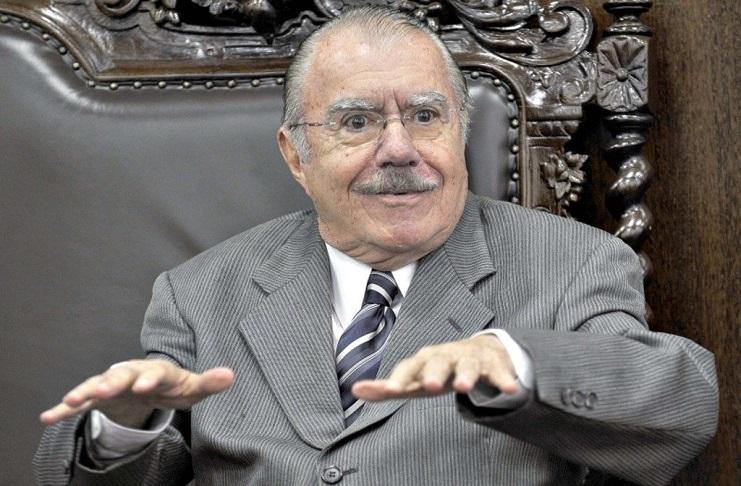 José Sarney (MA) acumula mais de R$ 73 mil em aposentadorias