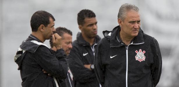 Abatido, Tite escolhe substituto de Gil e define Corinthians com Cássio