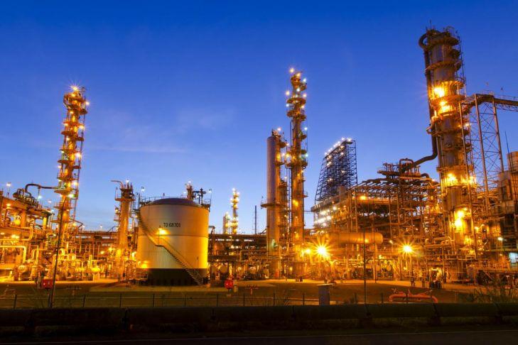 Refinaria de petróleo: produção de combustíveis. Foto: Arquivo/AT