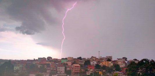 Alerta de vendaval e chuvas intensas para o Espírito Santo
