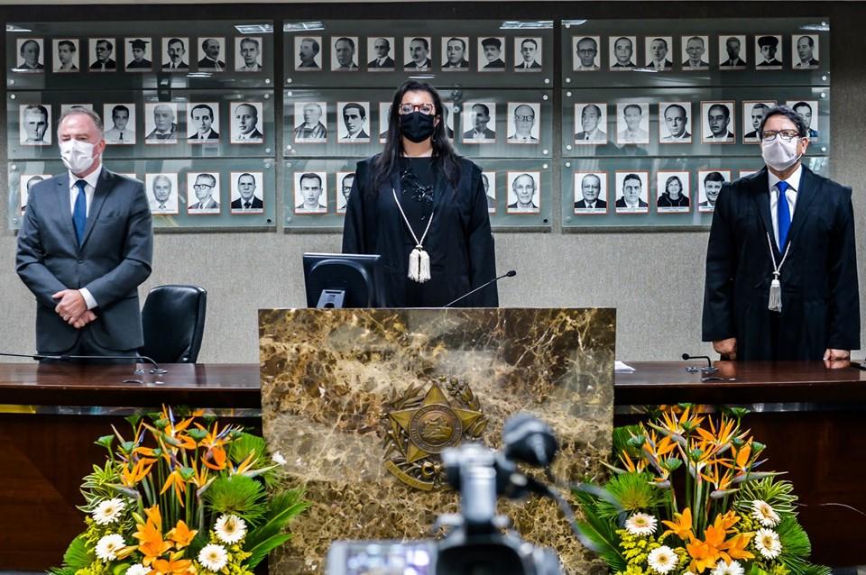 Governador do Estado, Renato Casagrande, promotora de Justiça, Luciana Gomes Ferreira de Andrade e procurador de Justiça, Eder Pontes - Foto Reprodução