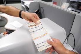 Medida provisória isenta consumidor de baixa renda de pagar conta de luz