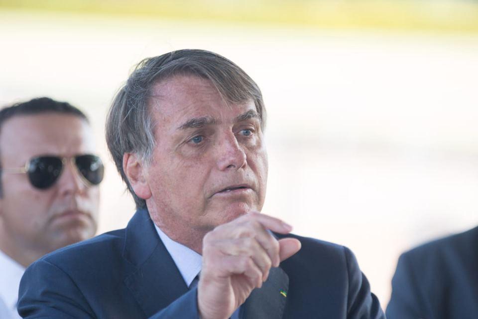 """Bolsonaro: """"Quem é de direita toma cloroquina, quem é de esquerda, tubaína"""""""