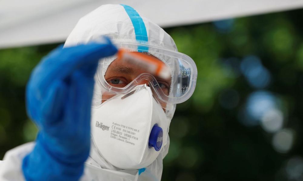 USP desenvolve vacina por spray nasal contra a covid-19