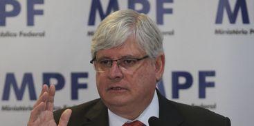 Janot presta depoimento à PF em investigação sobre delação