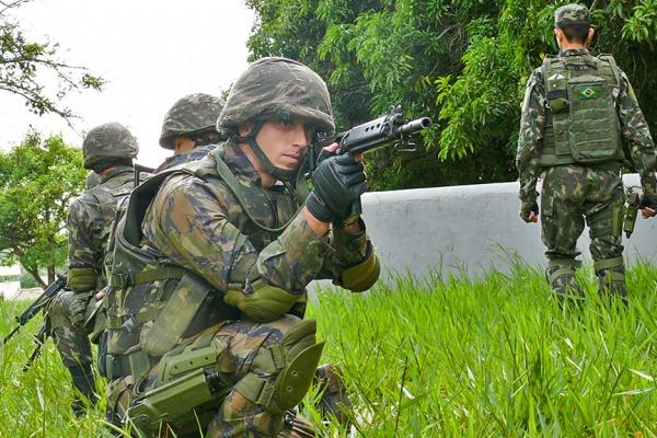 Aeronáutica abre 400 vagas para quem deseja seguir carreira militar