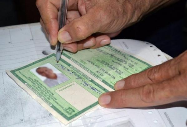 Mutirão para emissão de carteiras de identidade nesta sexta (04)
