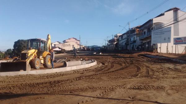 Aracruz – Em fase de conclusão duplicação de Avenida