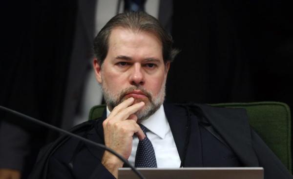 Dias Toffoli arquiva inquérito contra deputado Bruno Araújo