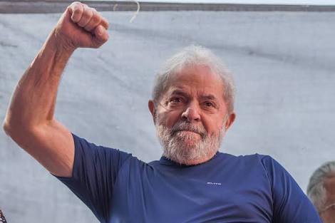 Decisão de soltar Lula provoca impasse jurídico