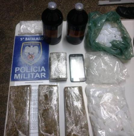 Ibiraçu-Polícia Militar apreende entorpecentes