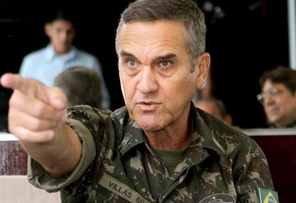 Comandante do Exército diz que Bolsonaro não é candidato dos militares