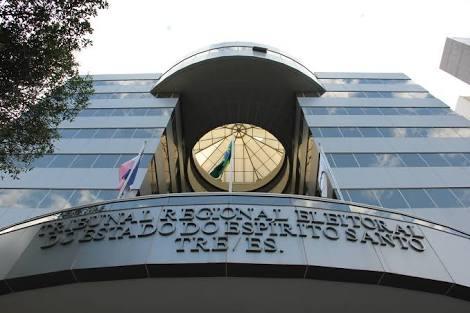 Aracruz - Por 5 votos a 1, Justiça Eleitoral aprova registro de candidatura de Ademar Devens nas eleições 2018