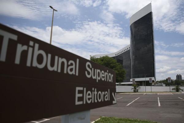 Segundo o TSE, nas prestações de contas devem ser discriminados o total de recursos arrecadados, bem como as despesas de campanha referentes aos dois turnos - José Cruz/Agência Brasil