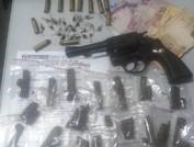 Ibiraçu -  Polícia apreende arma e drogas