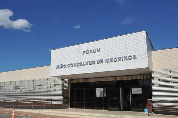 Aracruz - Professora do município de João Neiva que ameaçou criança de morte é condenada a 9 anos e 4 meses de reclusão