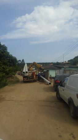 Aracruz – EDP inicia instalação de postes de iluminação na Comunidade da Portelinha