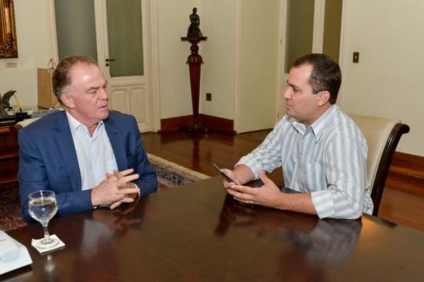 Em entrevista à ADJORI-ES, Casagrande faz balanço das primeiras semanas de Governo