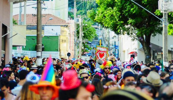 Carnaval 2019: cerca de 30 blocos de rua vão desfilar em Vitória