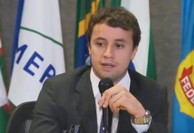 """Filha do presidente do STJ detona procurador da Lava Jato: """"Pirralho"""""""
