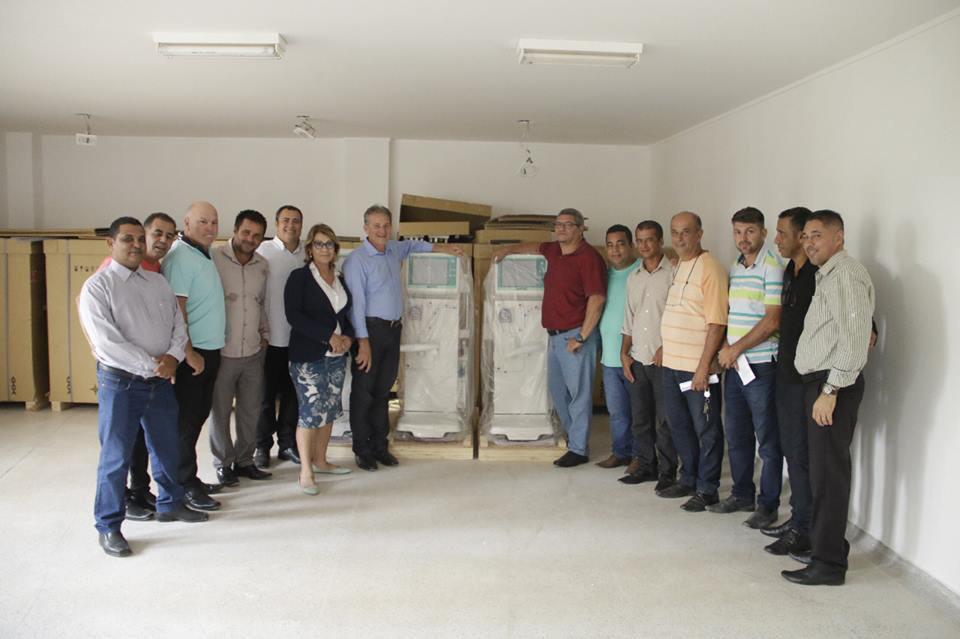 Vereadores visitaram as obras e conheceram os equipamentos recém chegados que serão utilizados no tratamento